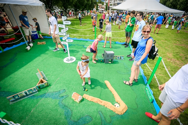 Milwaukee Irish Fest Children's Area - golf